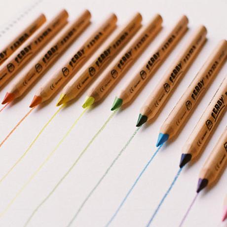 〈3才-〉【色鉛筆】 ファルビー軸白木12色セット