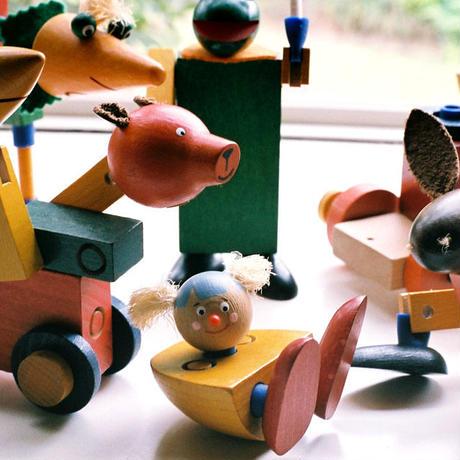 〈4才-〉【差し込み構成玩具】ケルナースティック 木箱入り