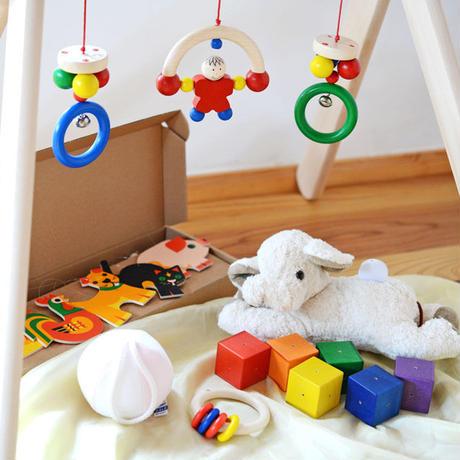 『赤ちゃん準備たっぷりセット』-《MOMOセレクション》赤ちゃんのおもちゃセット-