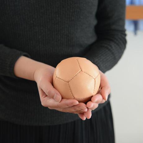 ※在庫限り※〈10ヶ月-〉【ボール/革製】ジムナスティックボール ミニ・ナチュラル(直径約9cm)
