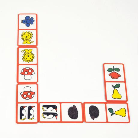 〈購入時期目安:3才〉【ゲーム/並べる遊び】 ブルーナドミノ