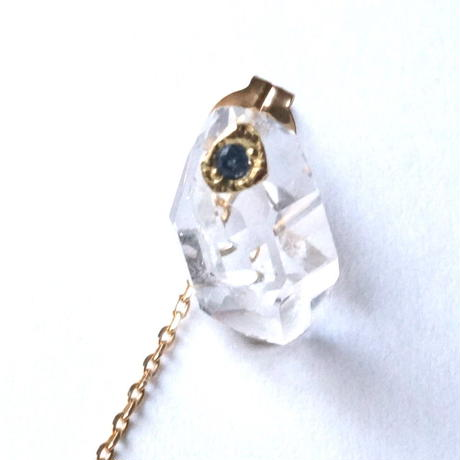 Diamond quartz Pierced Earring