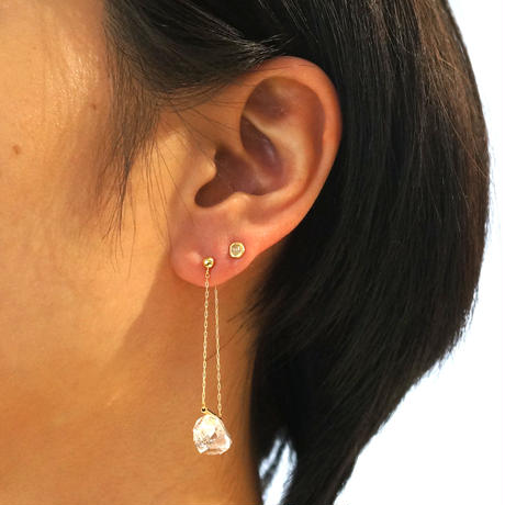 Diamond quatz Pipe Pierced Earring