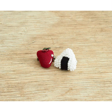 Miniature Onigiri Brooch