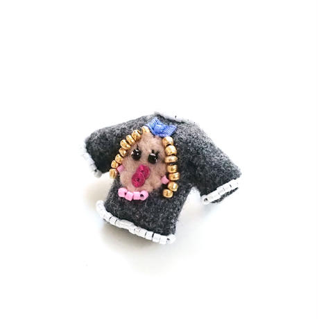 Miniature Sweater Brooch(Girl)