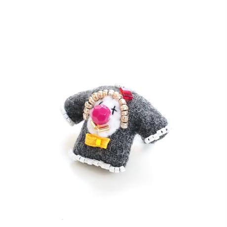 Miniature Sweater Brooch(Pierrot)