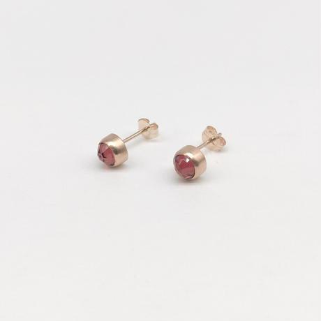 y.h.a accessories / K10 ピアス・  Garnet (実物写真676)