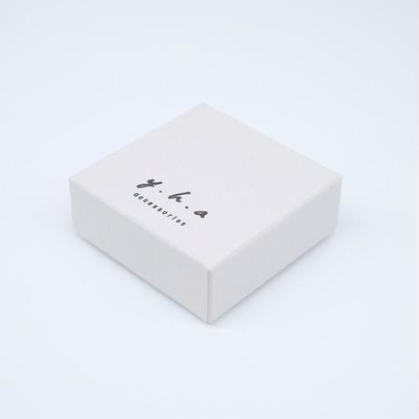 y.h.a accessories / K10ピアス・ブラックスピネル