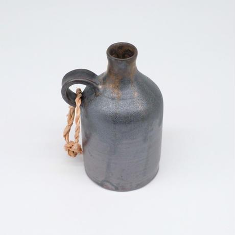 比地岡 陽子 / 金彩流し銀彩釉花瓶 取手付(実物写真601)