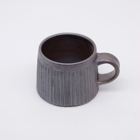 比地岡 陽子 / 銀彩釉 台形しのぎマグカップ (実物写真912)