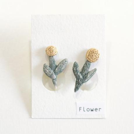 陶磁器イヤリング(flower)