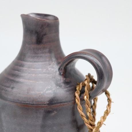 比地岡 陽子 / 銀彩釉花瓶 取手付(実物写真618)