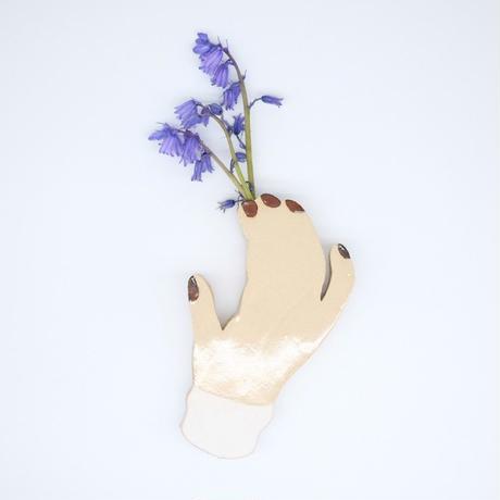 A loner flower vase / Hand