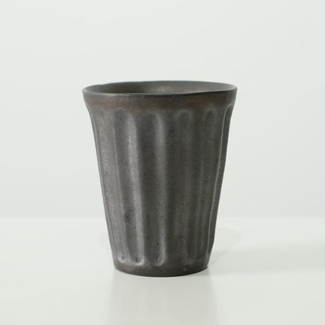 鈴木 進 黒釉モールカップ