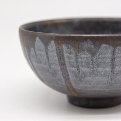 比地岡 陽子 / 金彩流し 銀彩釉飯碗 (実物写真610)