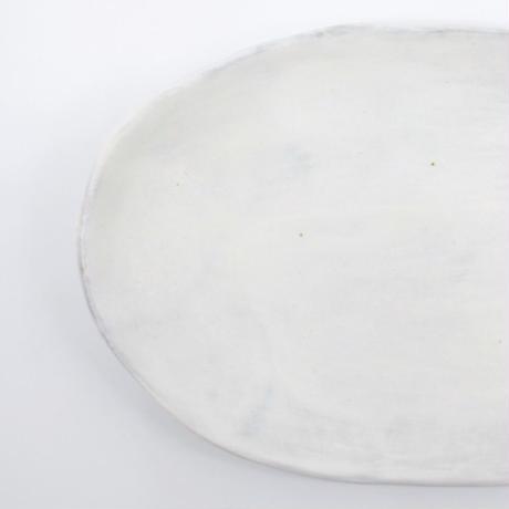 比地岡 陽子 / 粉引刷毛目・楕円小皿(実物写真682)