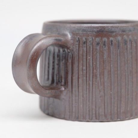 比地岡 陽子 / 銀彩釉 台形しのぎマグカップ (実物写真982)