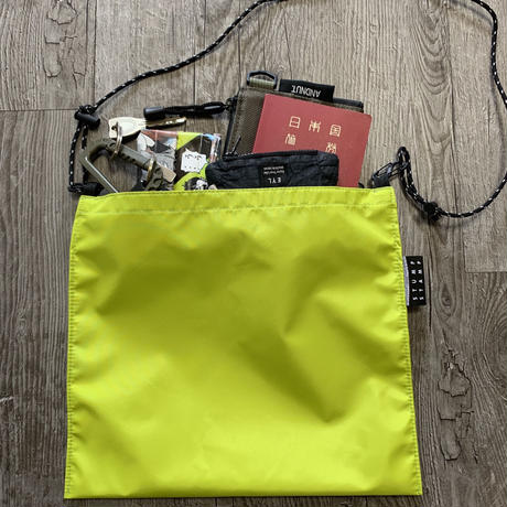 STUMP STAMP Pass Pouch (3 Layered Nylon) LIME GREEN