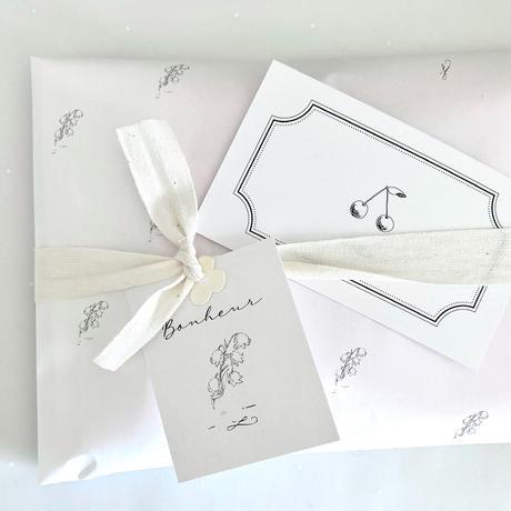 【ゆうパック】 100枚★ wrapping paper A3    petit muguet