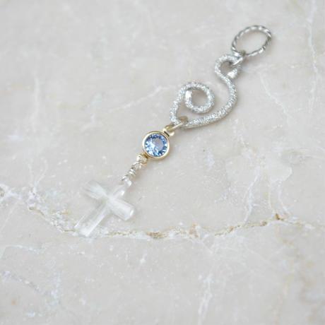 clear cross C