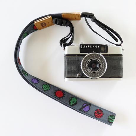 レピヤンリボン|オリボンカメラストラップ/惑星3色