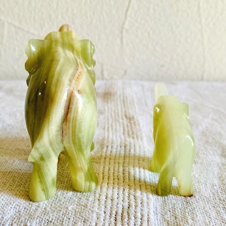 【5月号掲載分】houti|大理石 象さんの親子