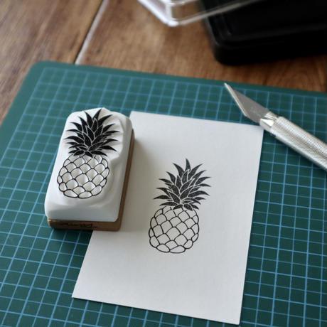 TAM'S WORKS パイナップル 手彫りスタンプ