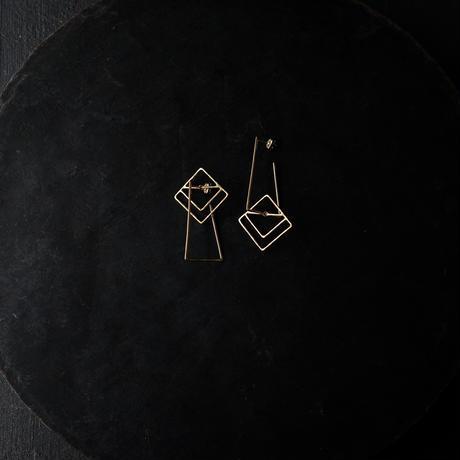 SUNn・寸 四角と台形のピアスー前方後方墳 ー (gold)