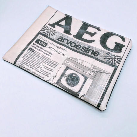 LIFE AND BOOKS|OLD PAPER POUCH (L)29