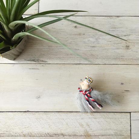トリノコ|木のブローチ「モケモケ鳥」 カエデ