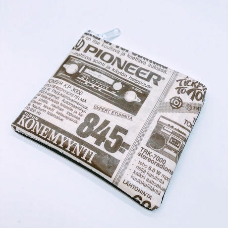 LIFE AND BOOKS OLD PAPER POUCH (S)12