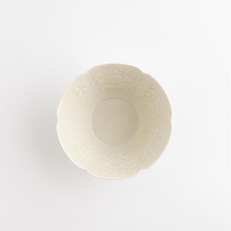 ヨシノヒトシ 9.青白瓷印花花文小鉢