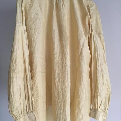 yatra|植物染め シルクコットン ピンタックシャツ myrobalan yellow