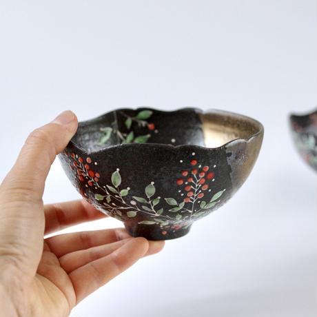 【6月号掲載分】みかガマ|ナンテン黒茶碗