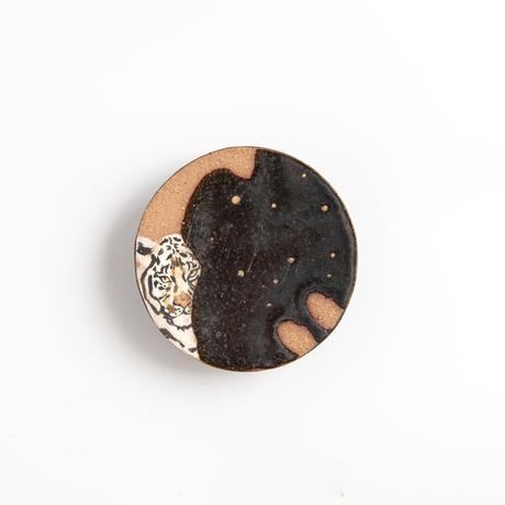 acne pottery studio 21黒釉の流し掛け皿(小)