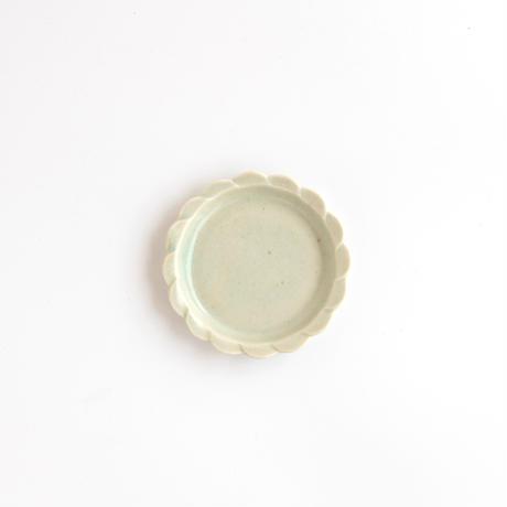 ceramic studio blank|12スカラップリム・豆皿 85mm くすみ青磁