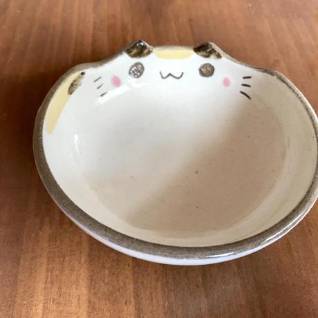 アトリエしかーださんの ネコ型小皿