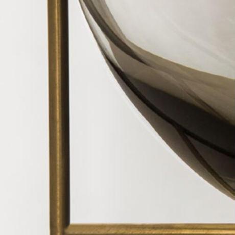 【洗練されたクラシカルな花器】イシャスベースS(スモーク)