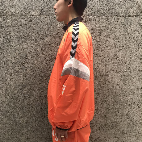 WILLY CHAVARRIA × HUMMEL ZIP NECK WINDREAKER ORANGE