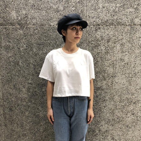 HANES × KARLA THE CROP WHITE