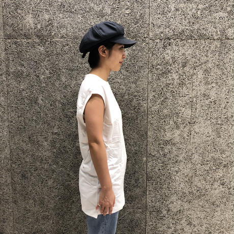 HANES × KARLA THE SLEEVELESS WHITE