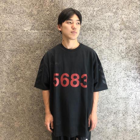 5d53d5853a7e962d2a0c0211