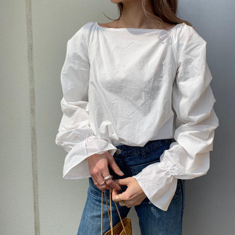back ribbon frilly blouse
