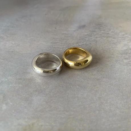 undulating ring -gold-