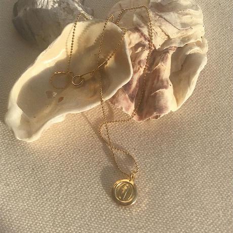 petit medal glitter chain choker