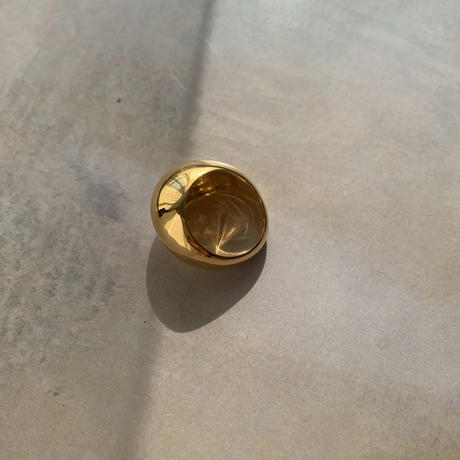 oval ring -gold-