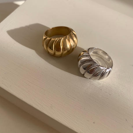 spiral shell ring -gold-