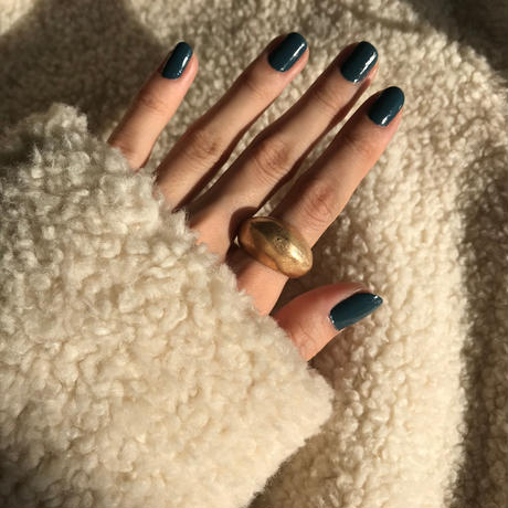 matte hammer finished ring -gold-
