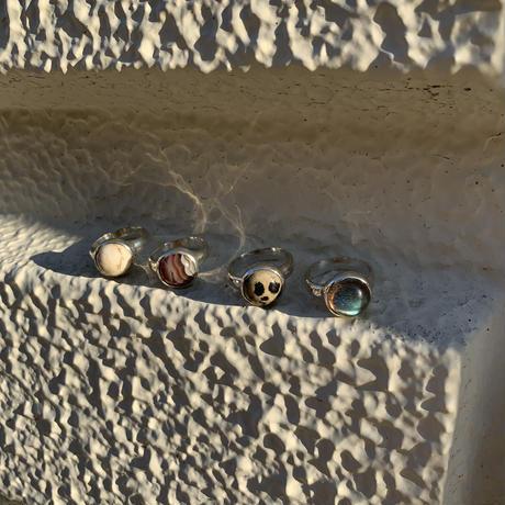 gem round ring