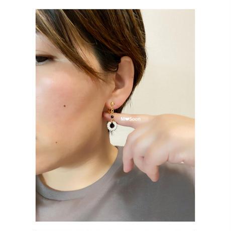【moon・mini mini】ゴールド &シルバー ピアスorイヤリング
